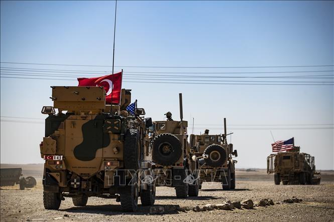 US, Turkey strengthen forces in northeastern Syria - ảnh 1