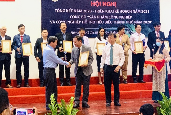 HCM city honors 92 industrial and support industry products  - ảnh 1