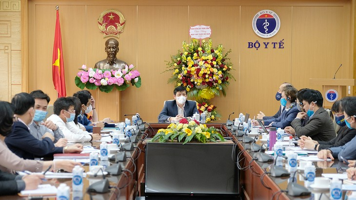 Vietnam works to ensure equal access to COVID-19 vaccines  - ảnh 1