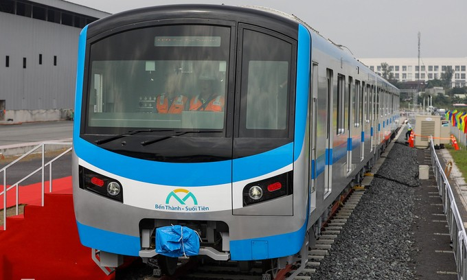 HCMC to get four Japanese-built metro trains in summer - ảnh 1