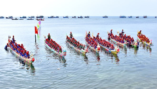 Quang Ngai's Tu Linh boat race certified as national intangible cultural heritage - ảnh 1