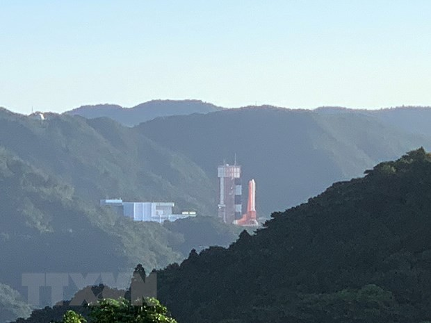 Launch of Vietnam's satellite suspended  - ảnh 1