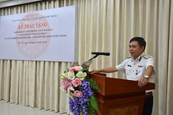 Khen thưởng tập thể, cá nhân có thành tích xuất sắc trong công tác về người Việt Nam ở nước ngoài  - ảnh 3
