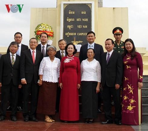 Bà Trương Thị Mai thăm và làm việc tại Campuchia - ảnh 3