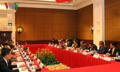 Bà Trương Thị Mai thăm và làm việc tại Campuchia - ảnh 2