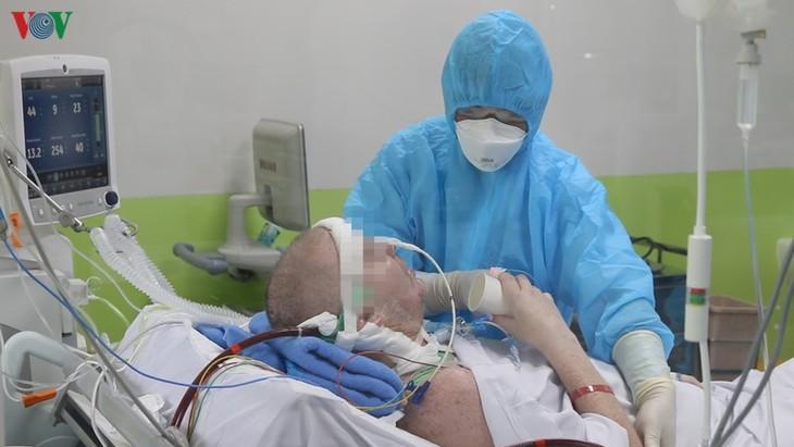 Báo Anh viết về sự hồi phục thần kì của bệnh nhân 91, độc giả Anh ca ngợi Việt Nam - ảnh 1