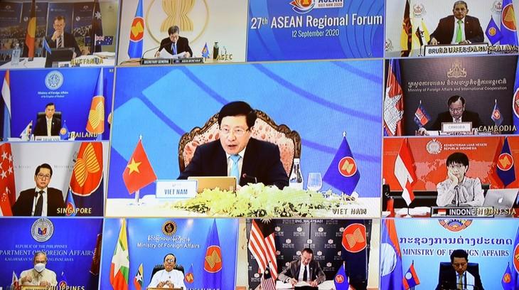 ARF 27 kêu gọi các nước kiềm chế, không làm phức tạp thêm tình hình Biển Đông - ảnh 2