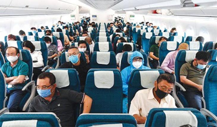 Chính thức dỡ bỏ giãn cách chỗ ngồi trên máy bay, tàu, xe xuất phát từ Đà Nẵng - ảnh 4