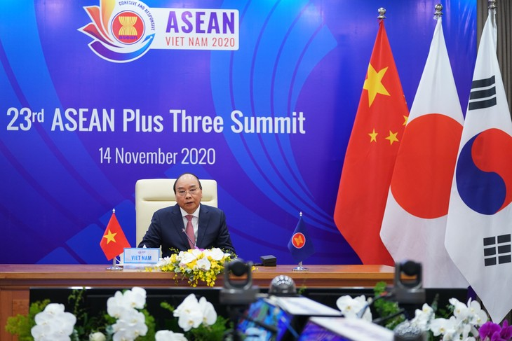 Trung Quốc, Nhật Bản, Hàn Quốc coi trọng vai trò trung tâm của ASEAN - ảnh 1