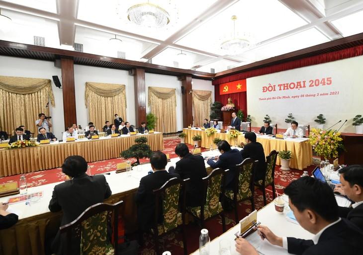 """Thủ tướng Nguyễn Xuân Phúc: """"Đối thoại 2045"""" thể hiện rõ khát khao cháy bỏng một Việt Nam hùng cường - ảnh 1"""
