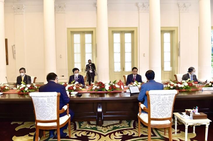 Nhìn lại chuyến công du nước ngoài đầu tiên của Thủ tướng Phạm Minh Chính - ảnh 7
