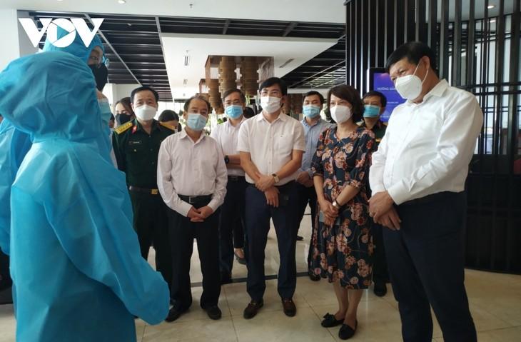 Bộ Y tế làm việc với tỉnh Quảng Ninh về phương án cách ly y tế 7 ngày đối với người nhập cảnh - ảnh 1