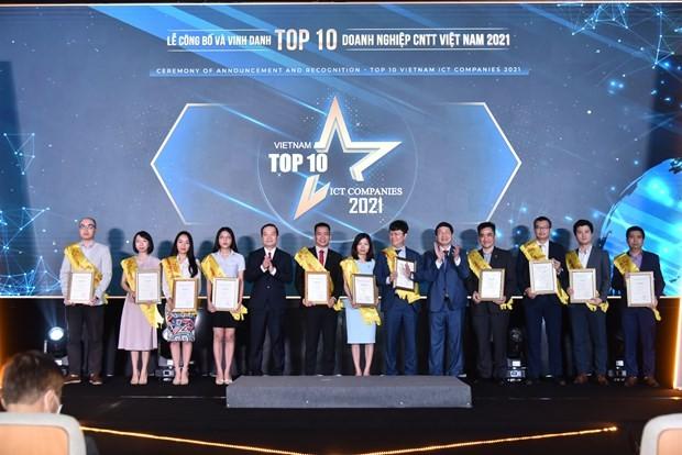 Trao giải Top 10 doanh nghiệp công nghệ thông tin Việt Nam năm 2021 - ảnh 1