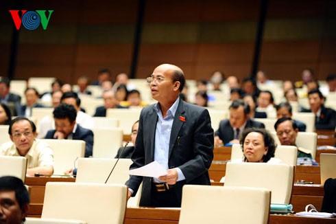 Quốc hội thảo luận Báo cáo việc thực hiện Nghị quyết của Quốc hội về chất vấn và trả lời chất vấn - ảnh 1