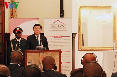 Chủ tịch nước Trương Tấn Sang kết thúc tốt đẹp chuyến thăm Mozambique - ảnh 1