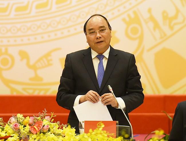 Thủ tướng Nguyễn Xuân Phúc thăm và làm việc với Bộ Tư lệnh Quân khu 5 - ảnh 1