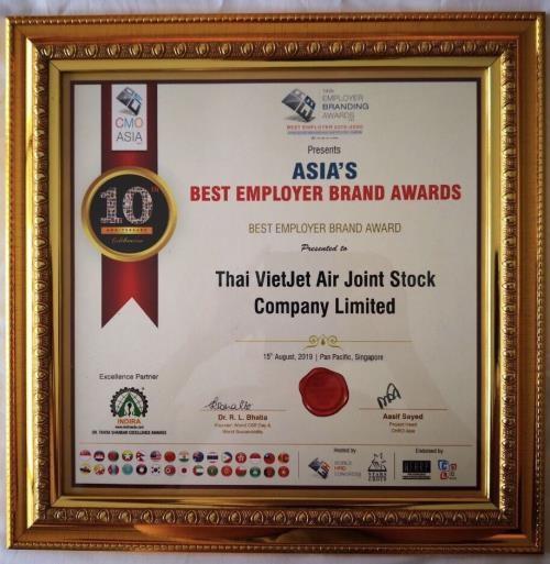 Thai Vietjet named Asia's Best Employer Brand 2019 - ảnh 1