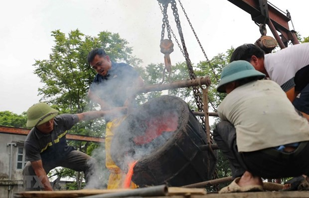 300-kg bronze drum made to mark national elections - ảnh 1