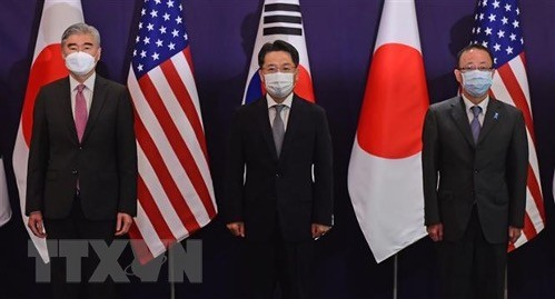 US envoy in Seoul, hoping for 'positive' North Korea response - ảnh 1