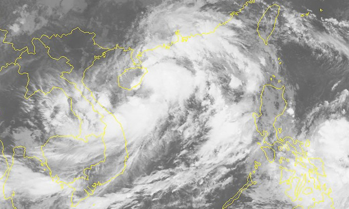 Storm Lionrock heading to Vietnam's north-central region - ảnh 1