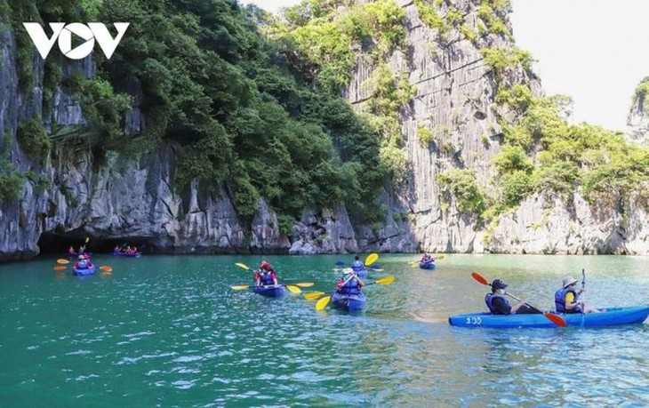 Quang Ninh province gears up to resume tourism activities - ảnh 6