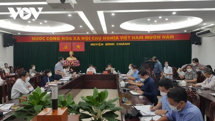 Вице-премьер Ву Дык Дам проверил работу по профилактике и борьбе с Covid-19 в городе Хошимине - ảnh 1