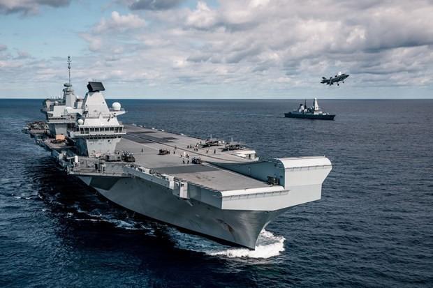 Великобритания начала совместные с Индией морские учения - ảnh 1
