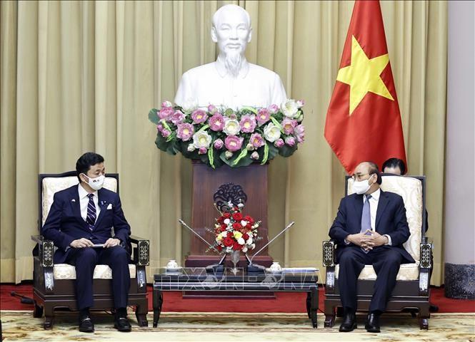 Президент Вьетнама Нгуен Суан Фук принял министра обороны Японии  - ảnh 1