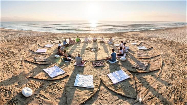 Превращение оздоровительного туризма в ключевое направление туристической отрасли во Вьетнаме - ảnh 1