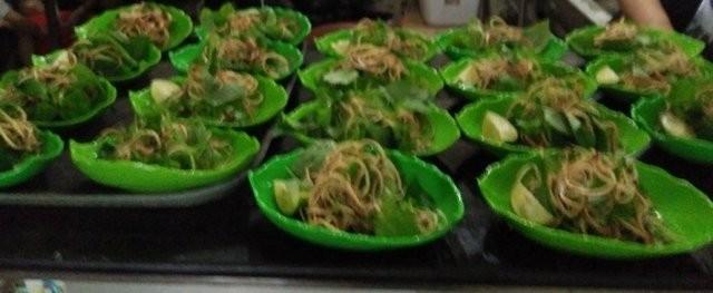 Bình dị và ngọt lành canh bánh đa cá rô đồng - ảnh 4