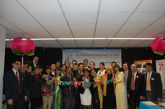 Giao lưu trí thức Việt kiều Pháp-Bỉ tại Brussels  - ảnh 1