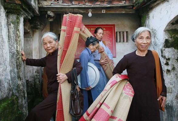 Nhiếp ảnh gia Nicolas Cornet: Chùa Việt Nam - nét đẹp của di sản văn hóa. - ảnh 4