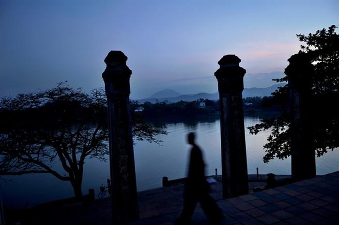 Nhiếp ảnh gia Nicolas Cornet: Chùa Việt Nam - nét đẹp của di sản văn hóa. - ảnh 2