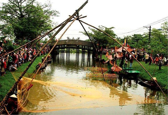 Từ 16/08, Thừa Thiên - Huế tổ chức phiên chợ đêm tại Cầu ngói Thanh Toàn - ảnh 1