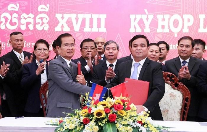 Kỳ họp thứ 18 Ủy ban Chuyên trách Chính phủ Việt Nam-Campuchia - ảnh 1