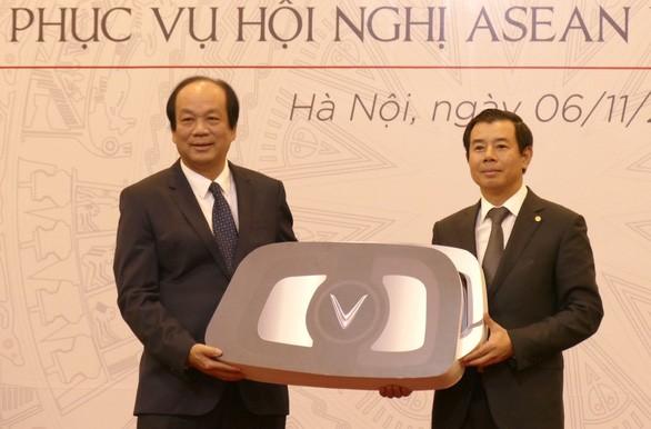 Bàn giao xe phục vụ ASEAN 2020 - ảnh 1