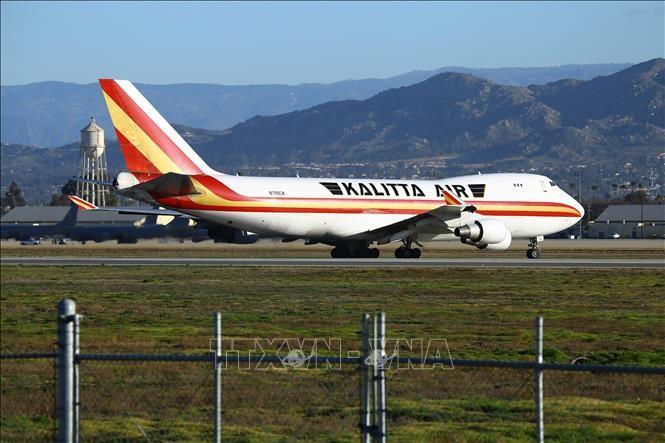 34 hãng hàng không trên thế giới tạm ngừng các chuyến bay tới Trung Quốc - ảnh 1