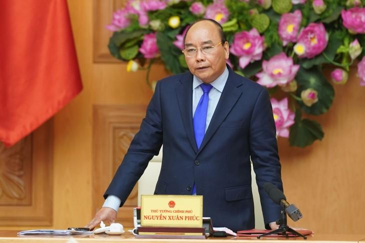 Thủ tướng Nguyễn Xuân Phúc ký quyết định công bố dịch Corona - ảnh 1