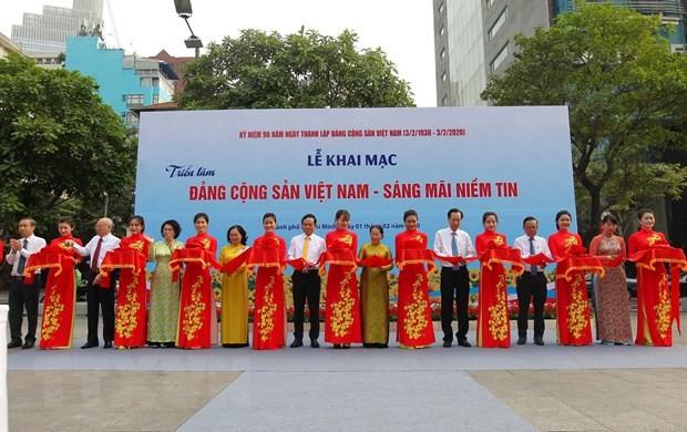 Khai mạc Triển lãm ảnh Đảng Cộng sản Việt Nam – Sáng mãi niềm tin - ảnh 1