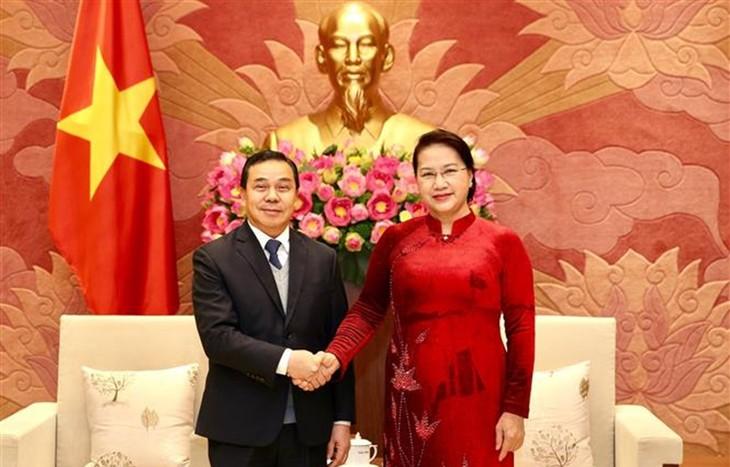 Chủ tịch Quốc hội Nguyễn Thị Kim Ngân tiếp Đại sứ Lào tại Việt Nam - ảnh 1