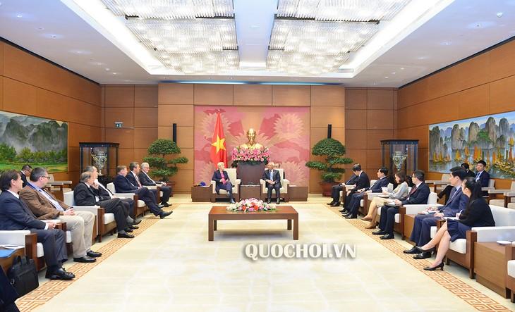 Phó Chủ tịch Quốc hội Uông Chu Lưu tiếp Nhóm Nghị sỹ với ASEAN của Quốc hội Cộng hòa Liên bang Đức - ảnh 1