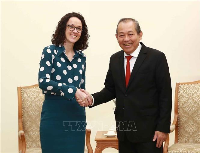 Phó Thủ tướng Trương Hòa Bình tiếp Bộ trưởng Khoa học và Nghệ thuật bang Hessen (Đức)  - ảnh 1