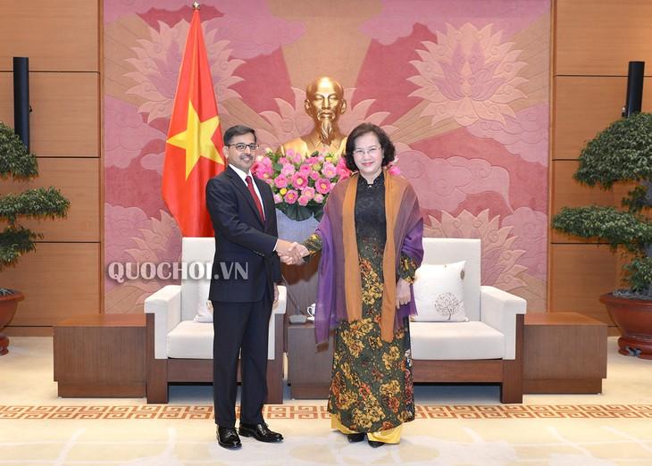Chủ tịch Quốc hội Nguyễn Thị Kim Ngân tiếp Đại sứ Ấn Độ Pranay Verma - ảnh 1