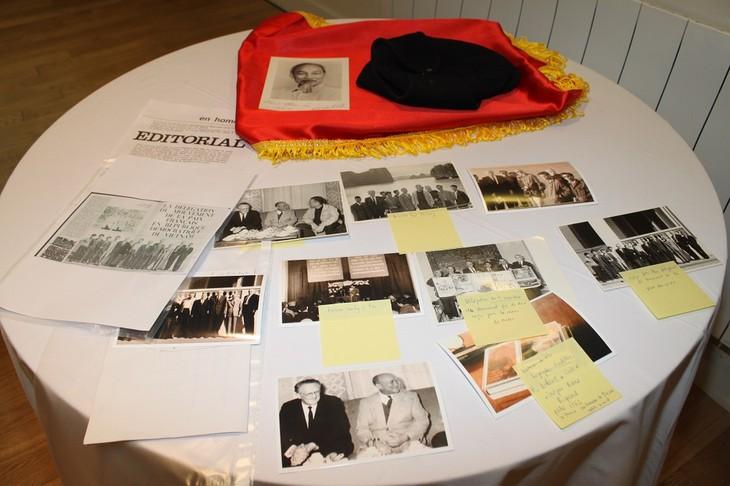 Chiếc mũ len, bức tranh dán giấy và tình cảm của người Pháp đối với Bác Hồ - ảnh 2