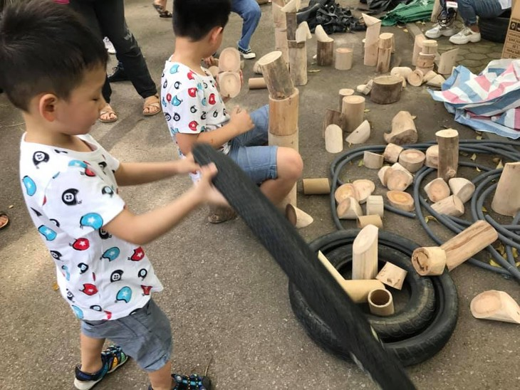 Sân chơi tái chế Think Playground- món quà tinh thần vô giá của trẻ thơ - ảnh 9
