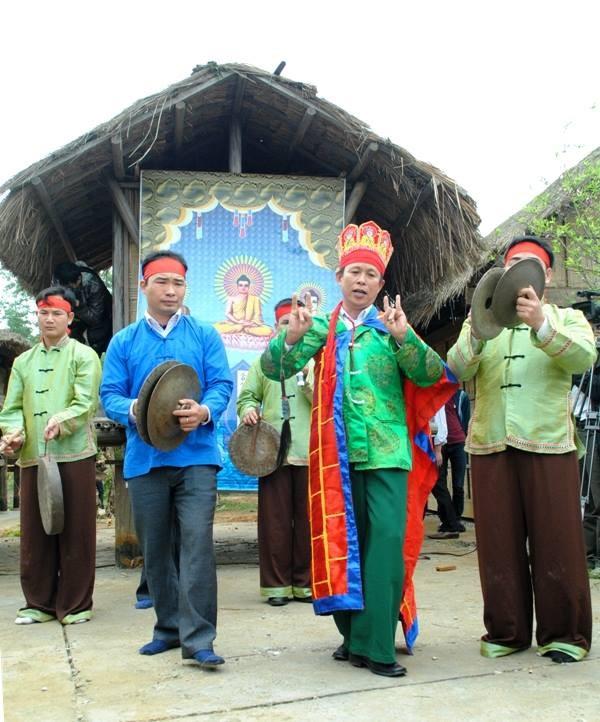 Phong tục cưới hỏi của người Ngái ở Thái Nguyên - ảnh 1