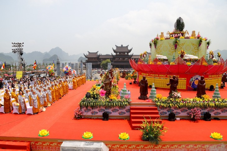 Tự do tín ngưỡng tôn giáo ở Việt Nam luôn được đảm bảo - ảnh 1