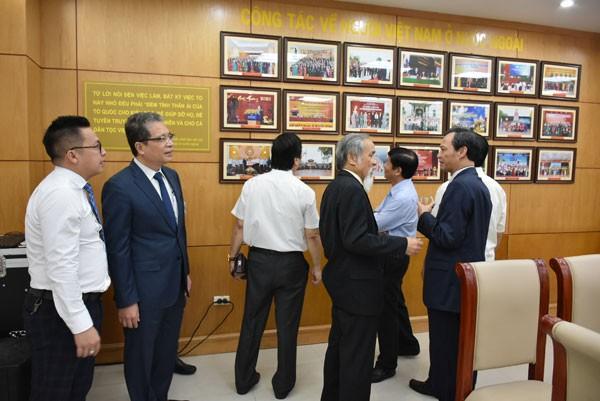 Khai trương phòng truyền thống Ủy ban Nhà nước về người Việt Nam ở nước ngoài - ảnh 8