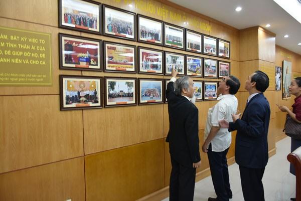 Khai trương phòng truyền thống Ủy ban Nhà nước về người Việt Nam ở nước ngoài - ảnh 7