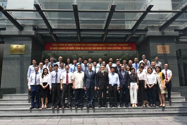 Khai trương phòng truyền thống Ủy ban Nhà nước về người Việt Nam ở nước ngoài - ảnh 9